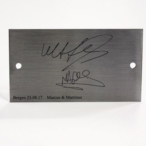 Autografer Marcus og Martinus